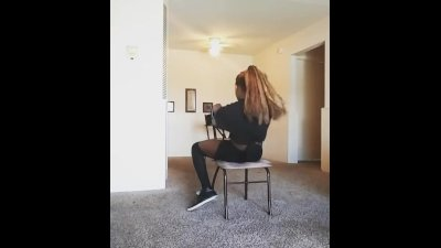 Burlesque strip tease -tank song sex