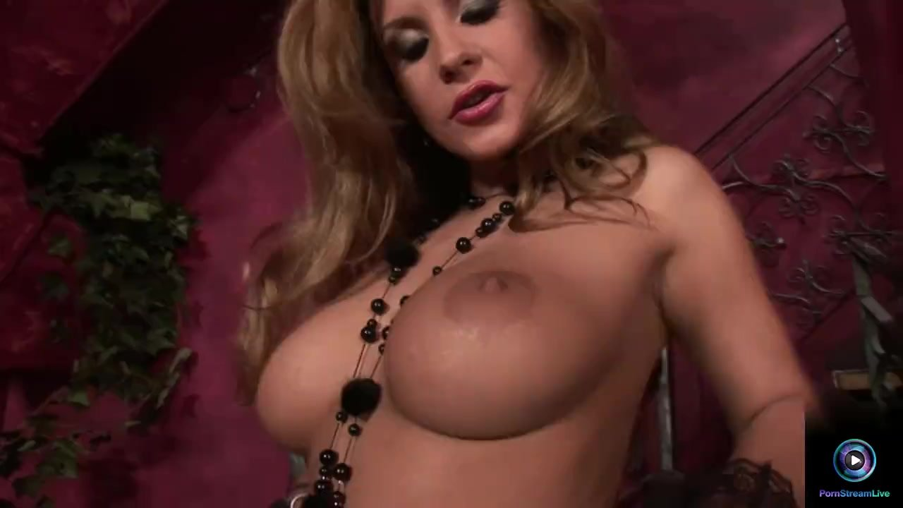 Solo orgasm/herself dildo with black dorothy