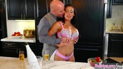 Mofos - Latina Sex Tapes - Itty Bitty Yellow String Bikini ,Layla Luxx