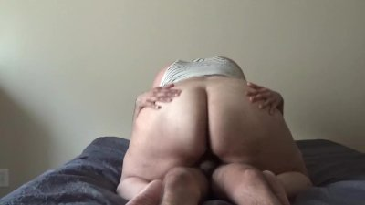 CHUBBY GIRL WITH BIG FAT ASS GETS FUCK BY HER FRIEND. REAL SEX HOMEMADE