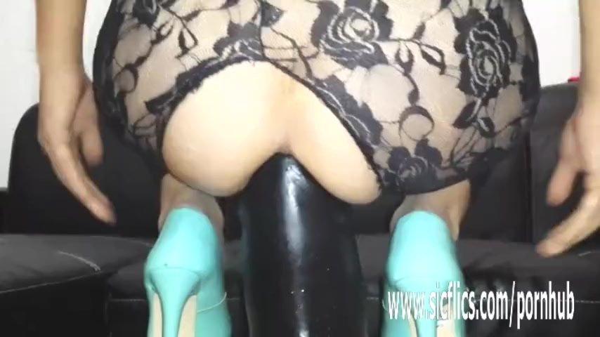 Gigantic dildo fucking amateur MILF
