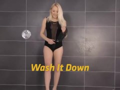Peeonher – Wash It Down – Piss Fuck