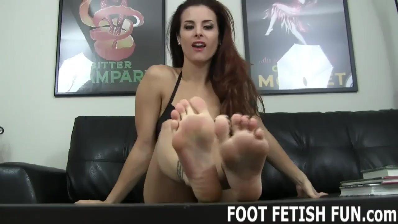 Foot porn/pov porn foot worshiping tube