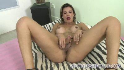 Amazing blonde transsexual Leticia Andrade solo