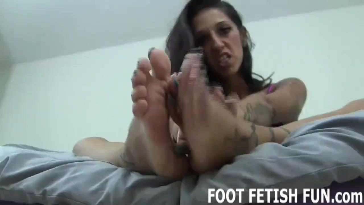 Foot femdom/tube worshiping and porn pov