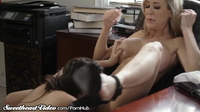 Lesbian College Prof. Lets Student Grind Her Wet Box- Sweetheart Video!
