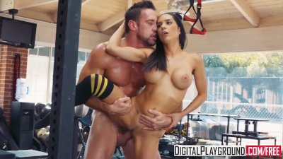 Barbell Boobs with Johnny Castle & Tia Cyrus
