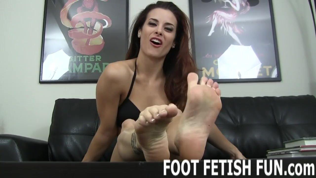 Foot worshiping/fetish foot worship foot and
