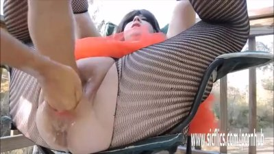 Double fisting and stretching amateur BBW pussy