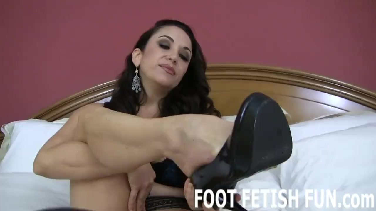 Point of view/videos footjob and femdom foot