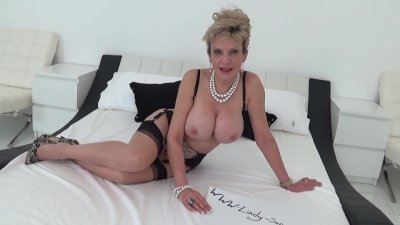British mature Lady Sonia playing with her big tits