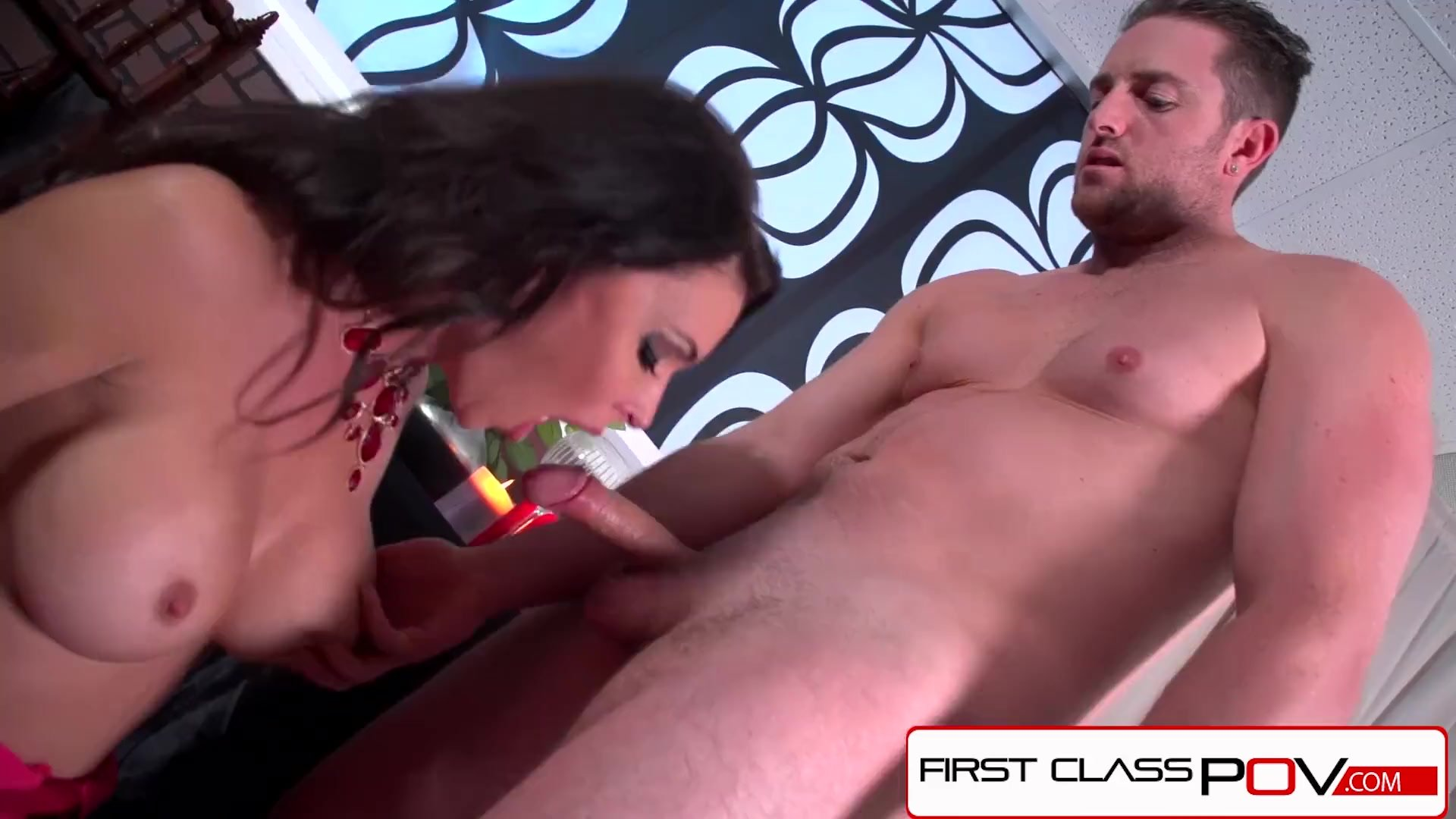 Spizoo - Jessica Jaymes sucking a big dick, big booty & big boobs