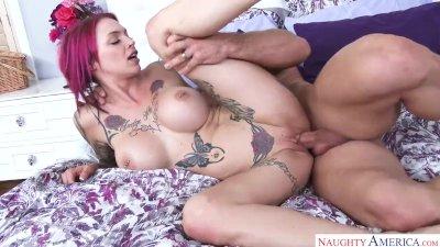 Tattooed MILF Anna Bell Peaks Cheating Boyfriend Seduction
