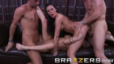 Brazzers - Rachel RoXXX & Rachel Starr in hot swinger foursome
