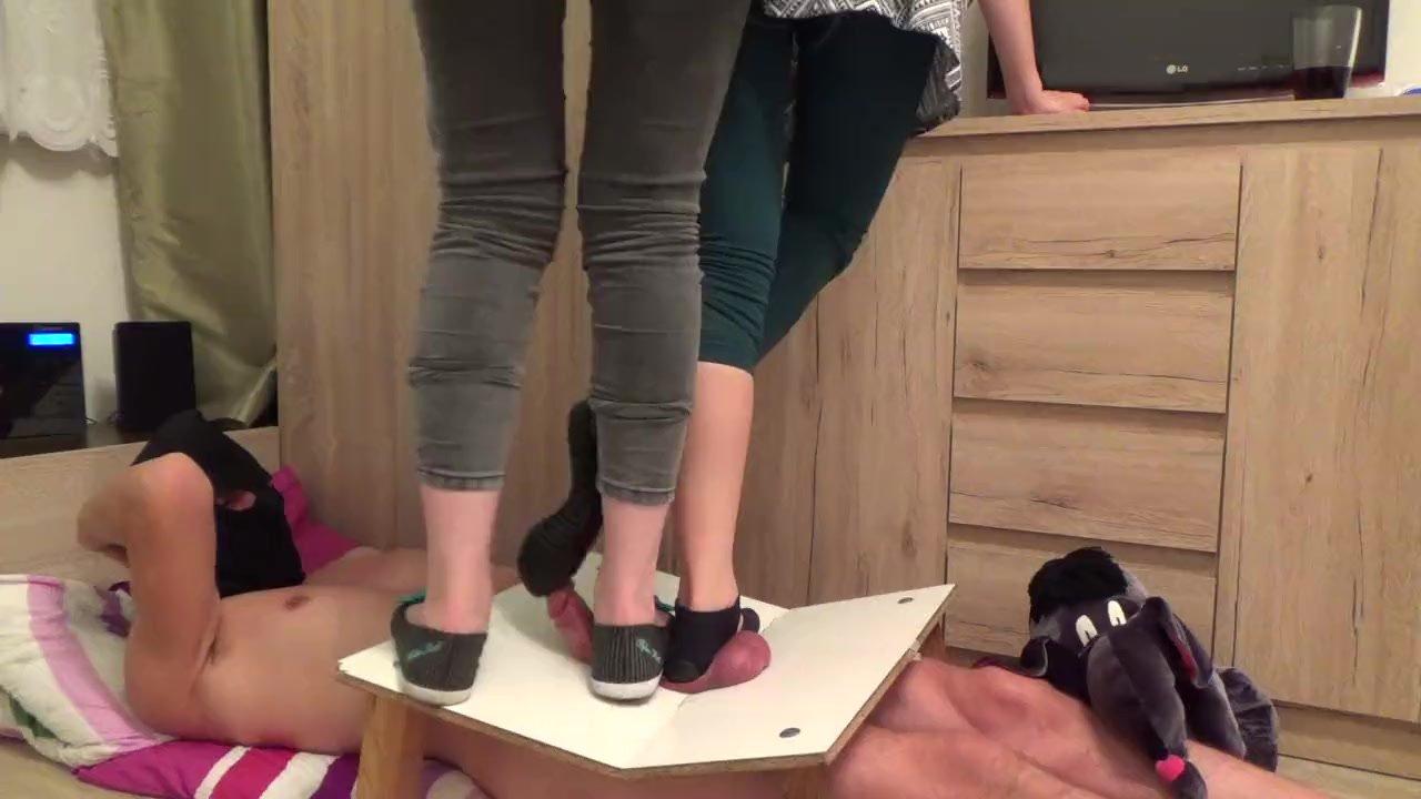 Brazil Lesbian Feet Gagging