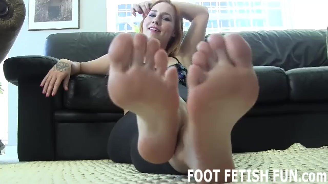 Femdom Foot Worshiping And Feet Fetish Videos