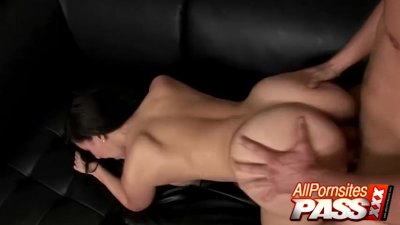 Hot Sex And Cumshots For Valerie Kay