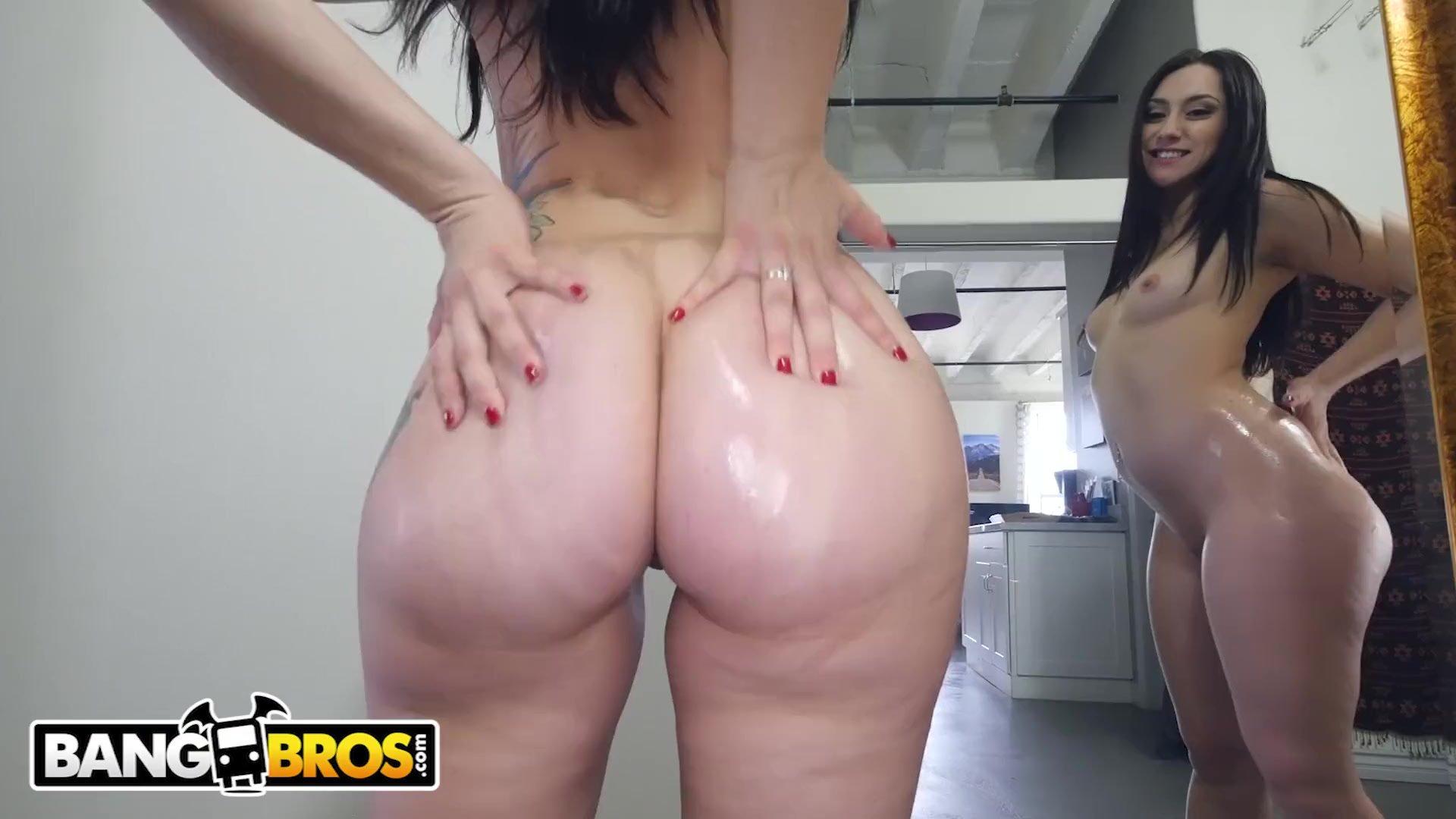 BANGBROS - PAWG Mandy Muse Twerking, Showig Off Her Big Ass