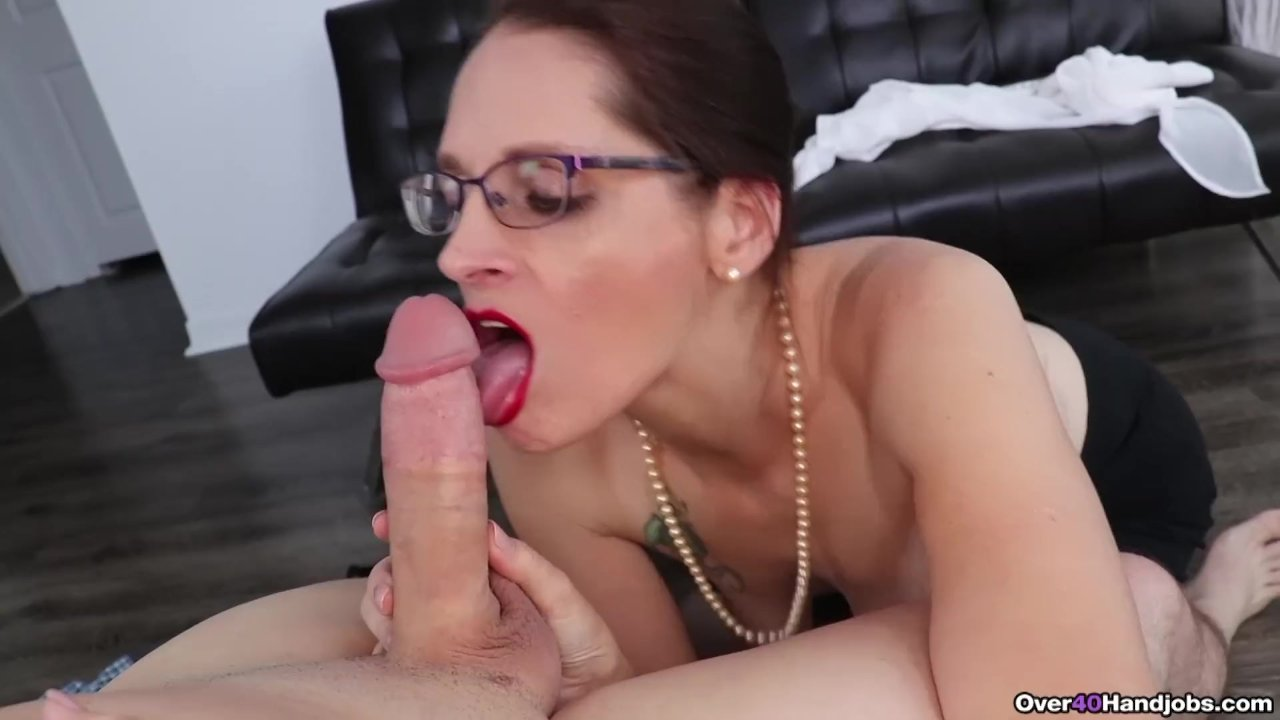 Sexy Milf Jerks Off A Cock Porn Videos - Tube8-1548