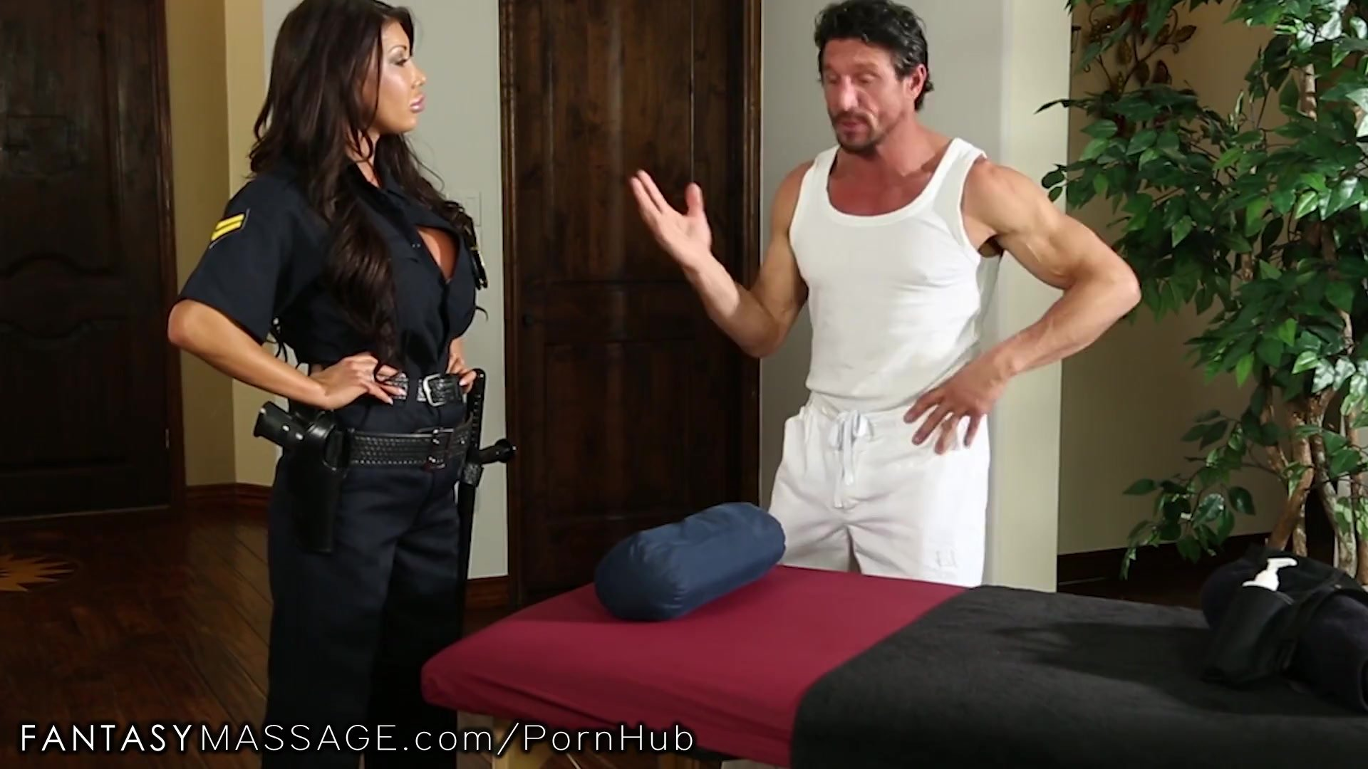 FantasyMassage Officer August Taylor Shows Up At Tommy Gunn's Place