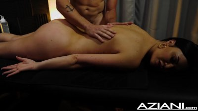 Magic touch massage with Jasmine Jae