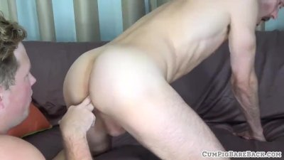 Fingered and rimmed bear gets creampied