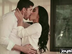 Hot Latina Ginebra Bellucci Fucks Client And Swallow His Cum