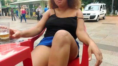 EBONY FLASHING AT DONWTOWN AND DO PUBLIC BLOWJOB