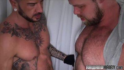 gros pénis rouge