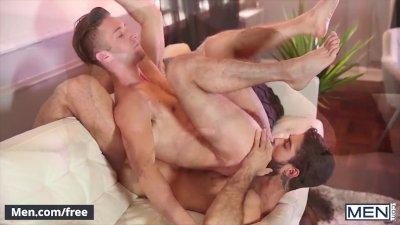 Men.com - Diego Sans and Ian Frost - Revolt Part 1 - Str8 to Gay