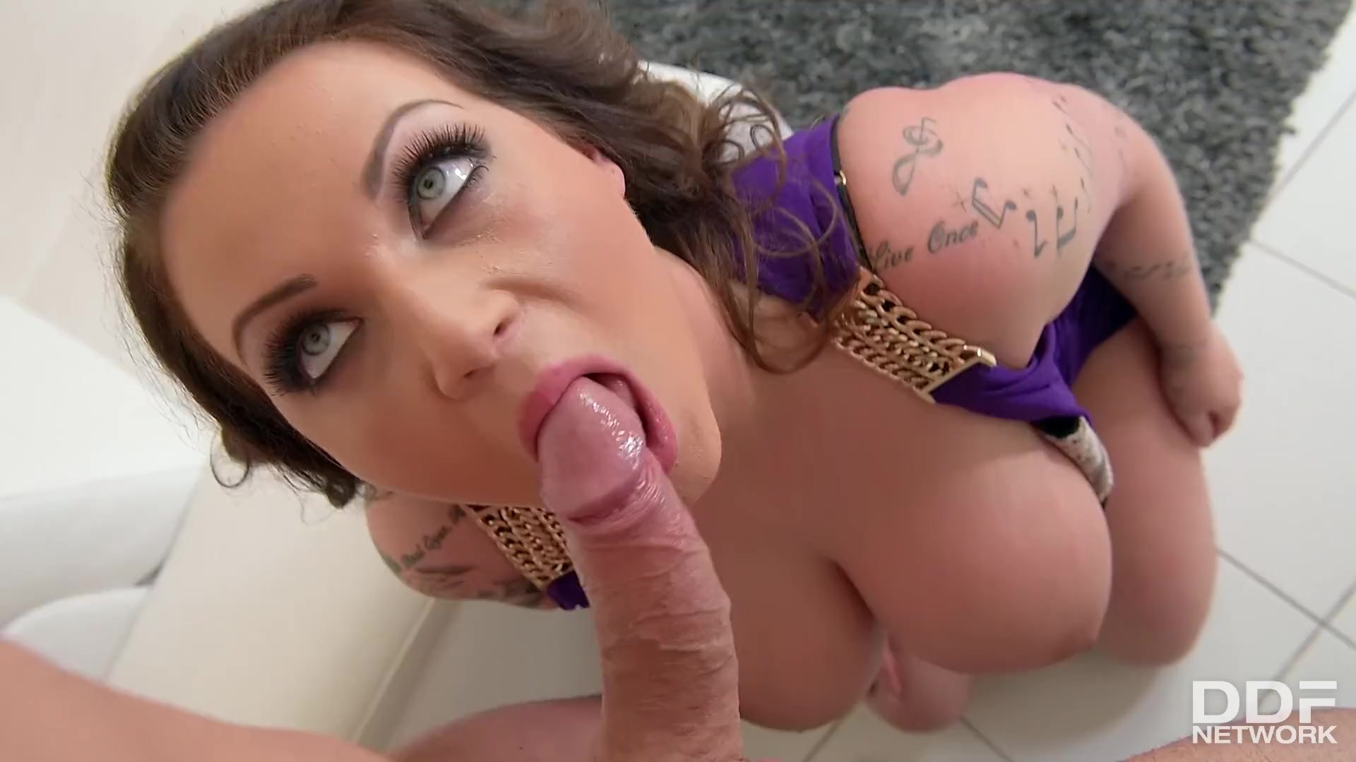 Lush tits of Harmony Reigns are going to make your dick hard as fuck