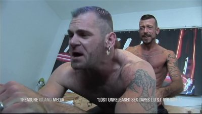 Super poilu porno gay