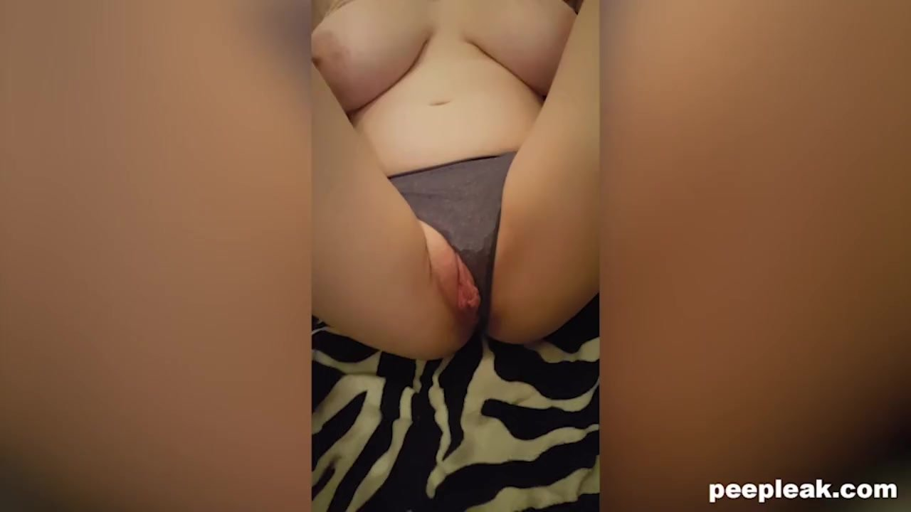 Amateur Couple Film Themselves Making Cum For Breakfast