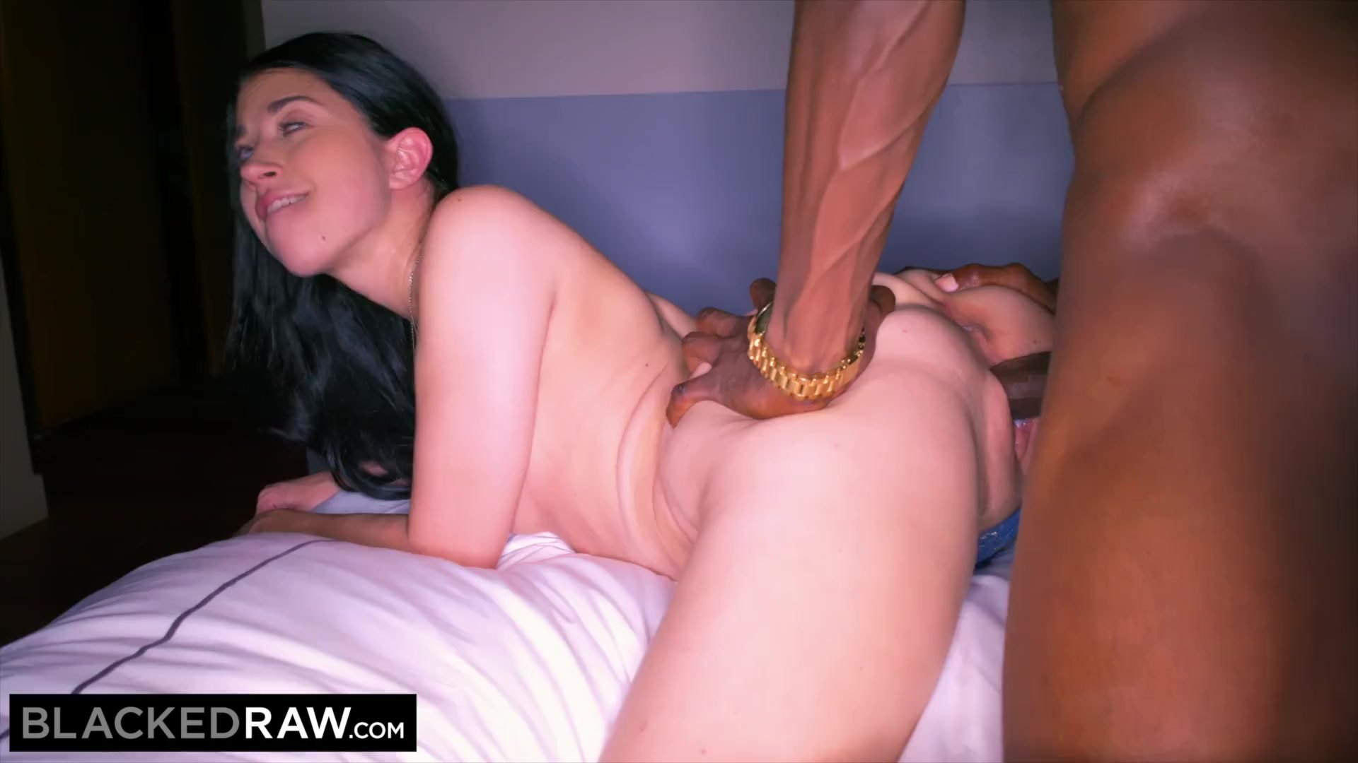 BLACKEDRAW She asked her white boyfriend to have some BBC for a night