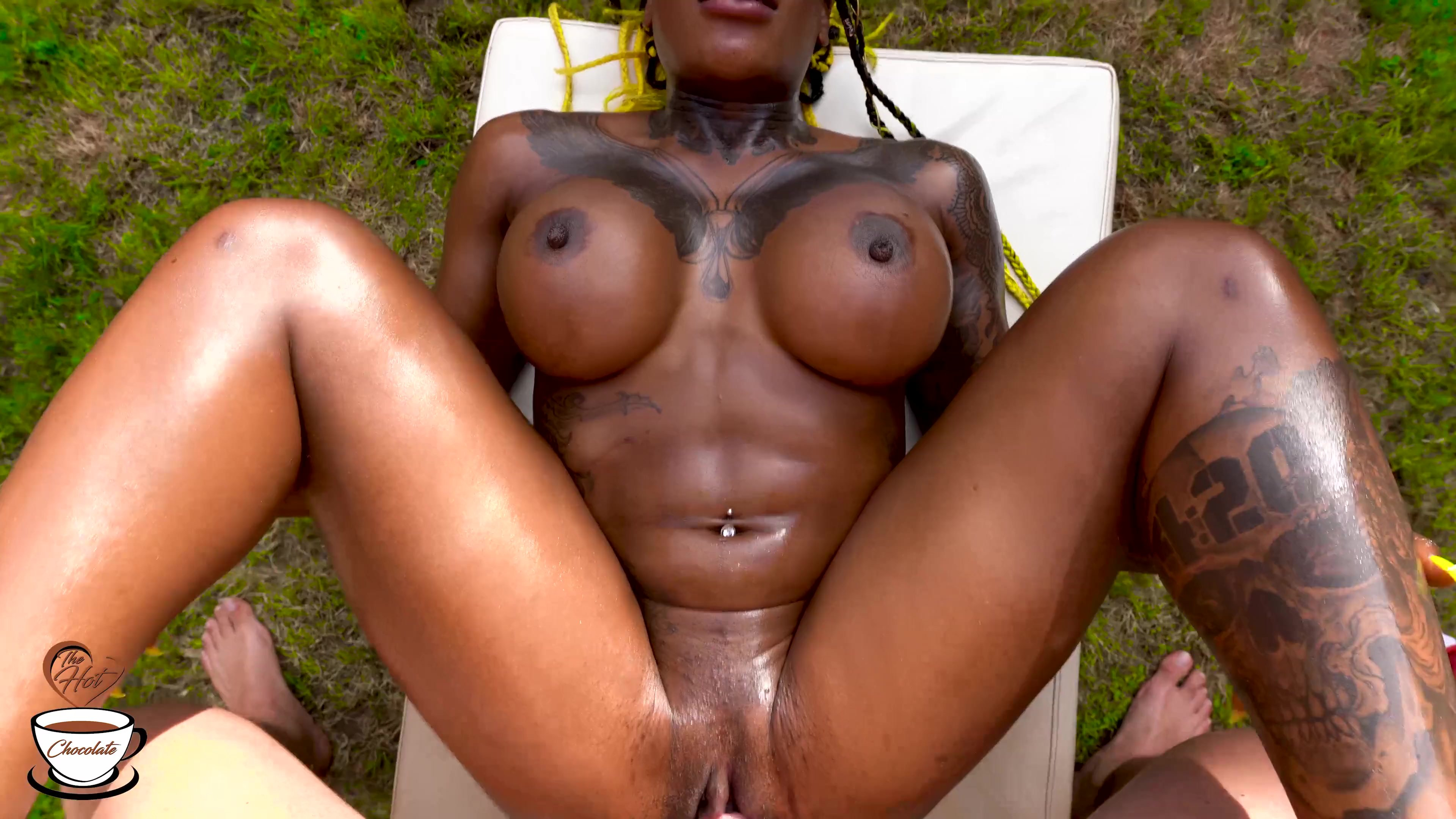 CREAMPIE for hot black girl at the pool (short version) - TheHotChocolate