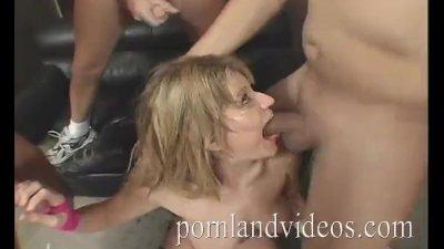 PORNLANDVIDEOS Tayla Wynn Sucking 4 big cocks