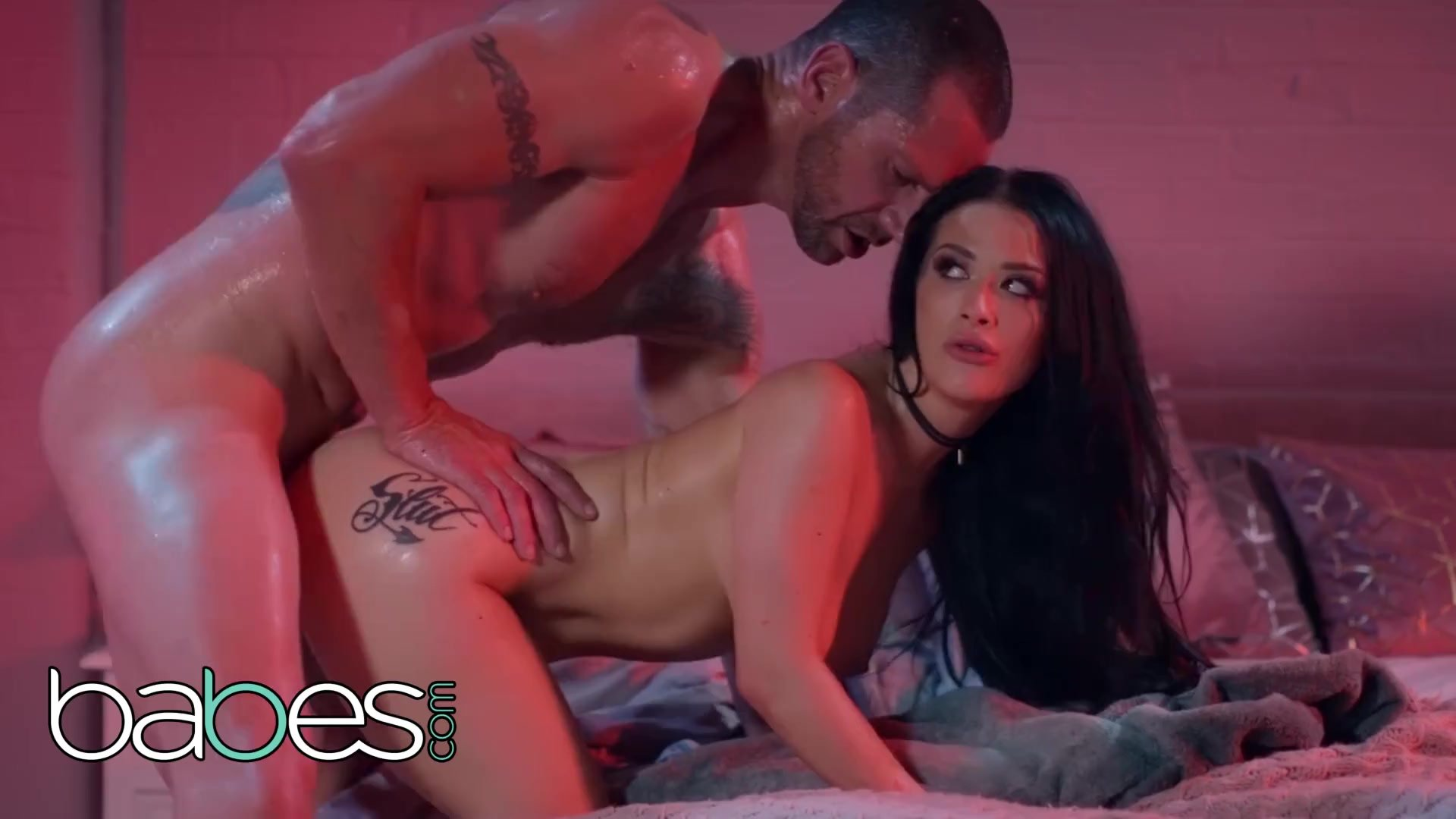Kinky/tit gets babes kinky snakes