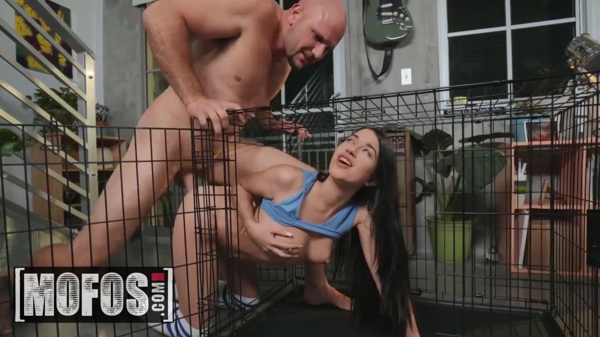 MOFOS - Petite pet Alex Coal gets cage training