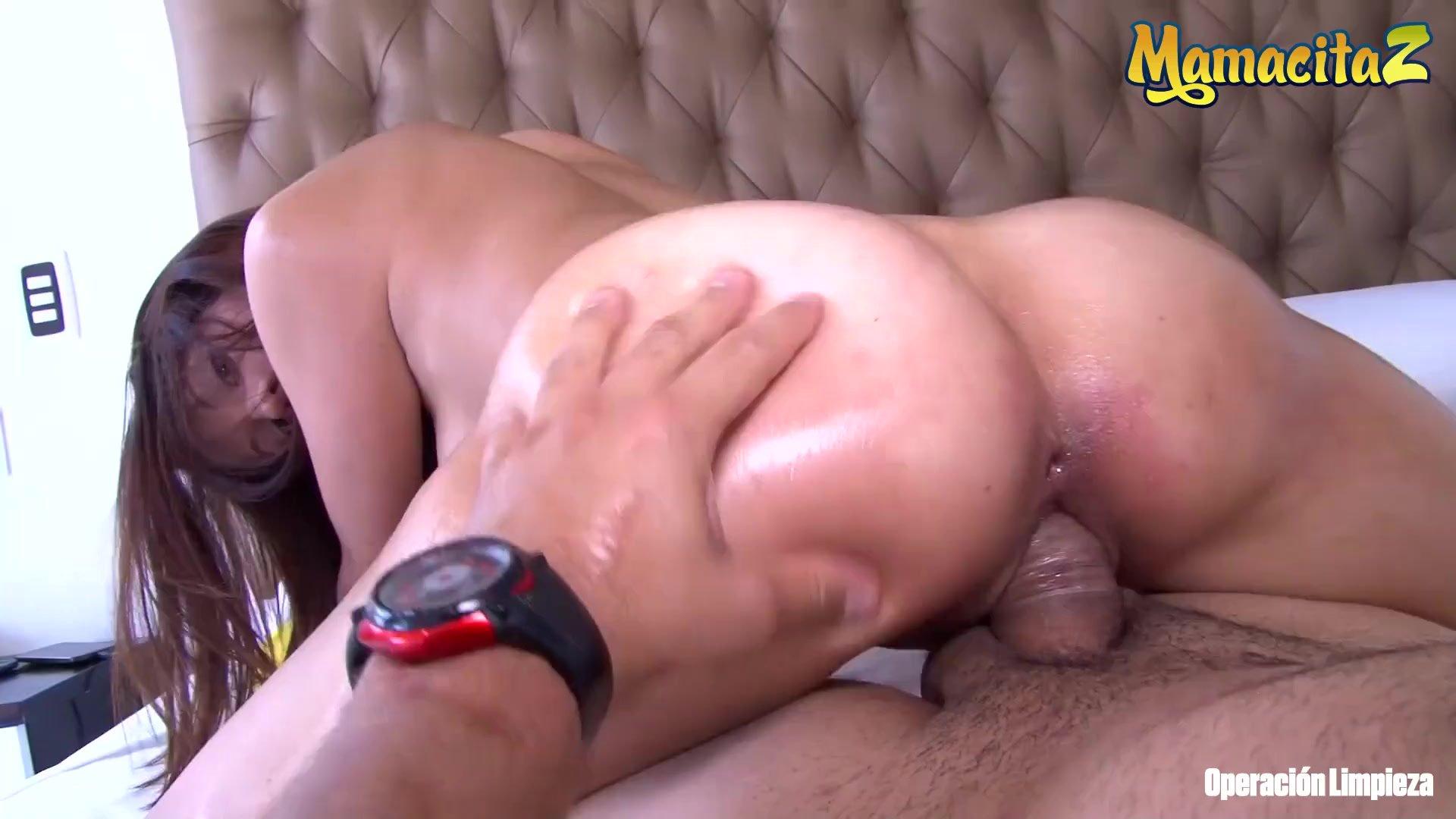 MamacitaZ - My Sexy Colombian Maid Twerks Her Big Ass Like a Pro