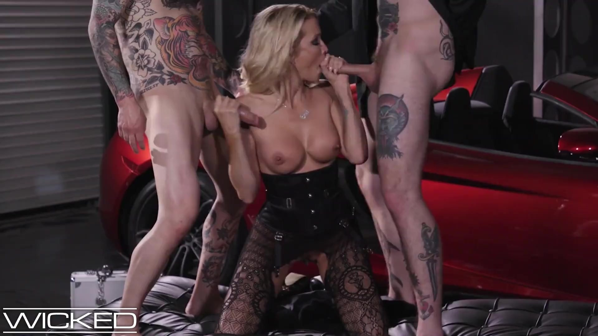 Wicked Pictures - jessica drake Takes Facials From 2 Cocks