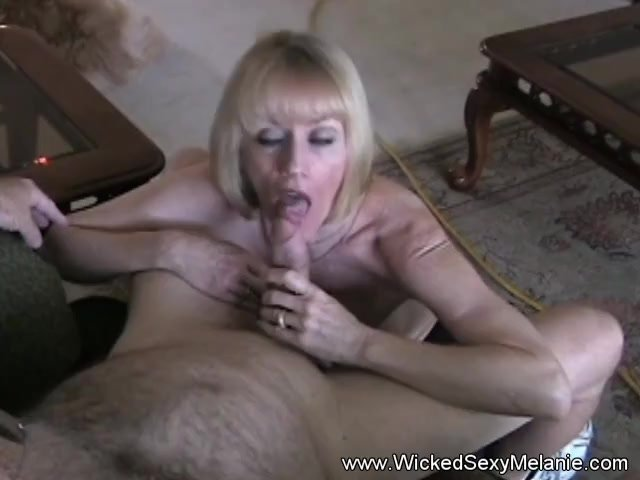 Blowjob/milf/granny horny gilf pov sex