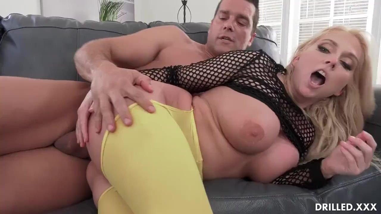 Voluptuous Big Tit MILF Takes A Big Cock In Her Ass After Titty Fucking