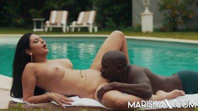 MARISKAX Latina Mariska has her ass stretched by a BBC