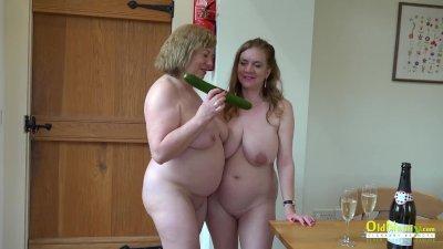 OldNannY Two British mature Lesbians Masturbationx