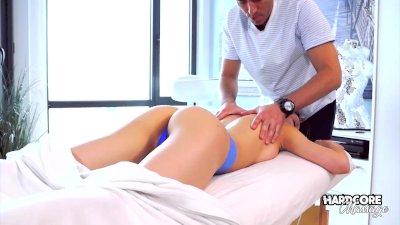 hardcore Massage - Petite Redhead Get Fucked By Masseur
